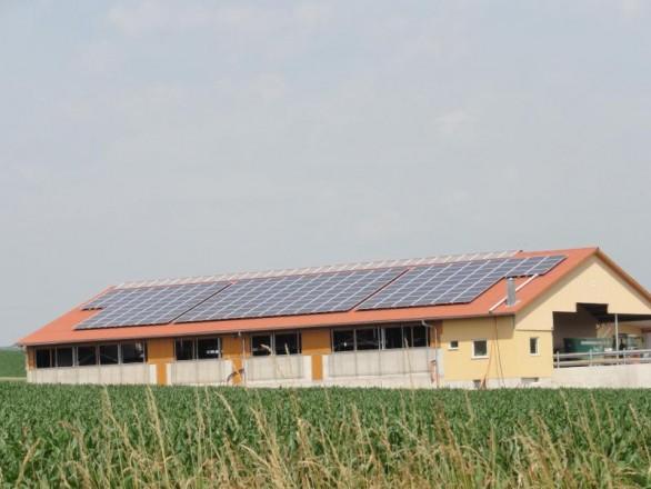Photovoltaik-Lagerhalle- Himmelstadt