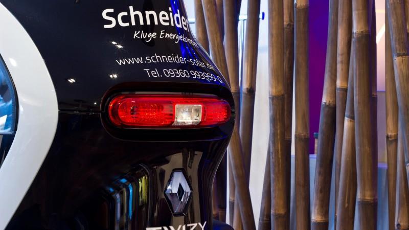 schneider-solar-twizy